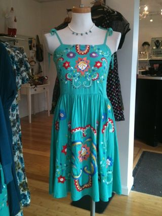 Papillon turq embroidered dress